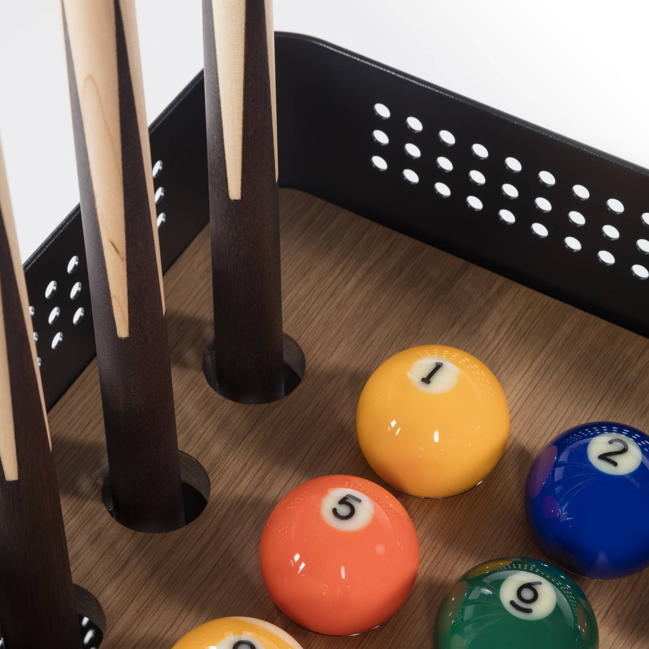 Diagonal Floor Cue Rack