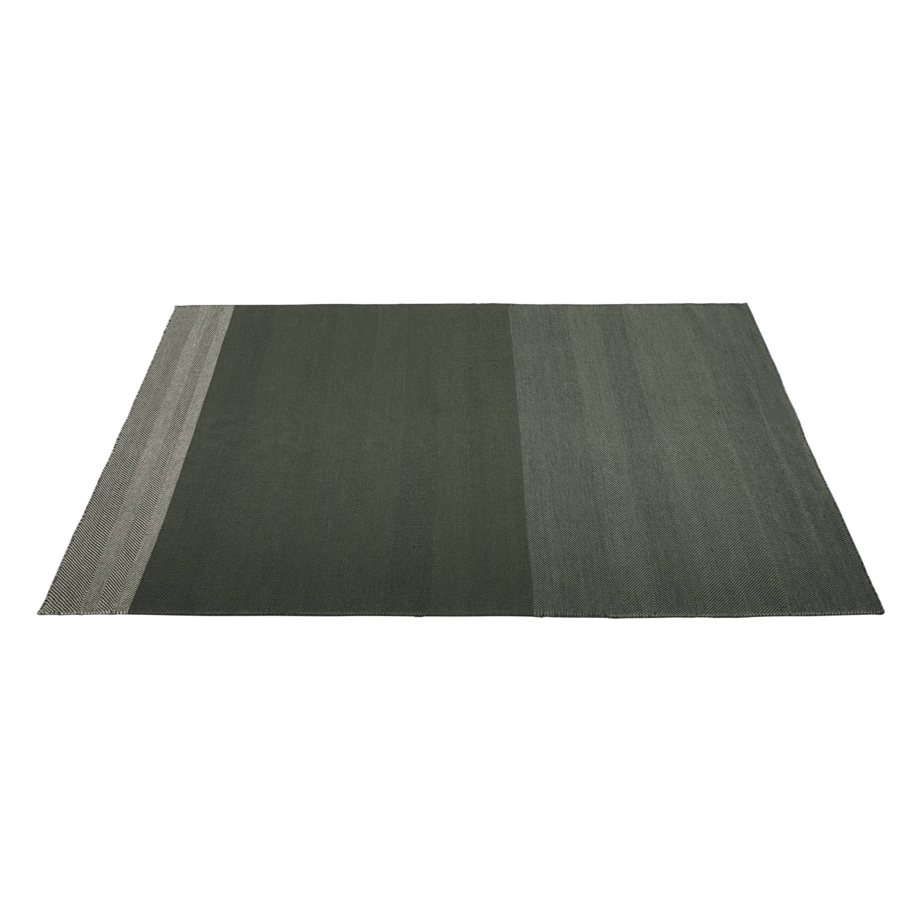 Varjo Rug: Large + Dark Green