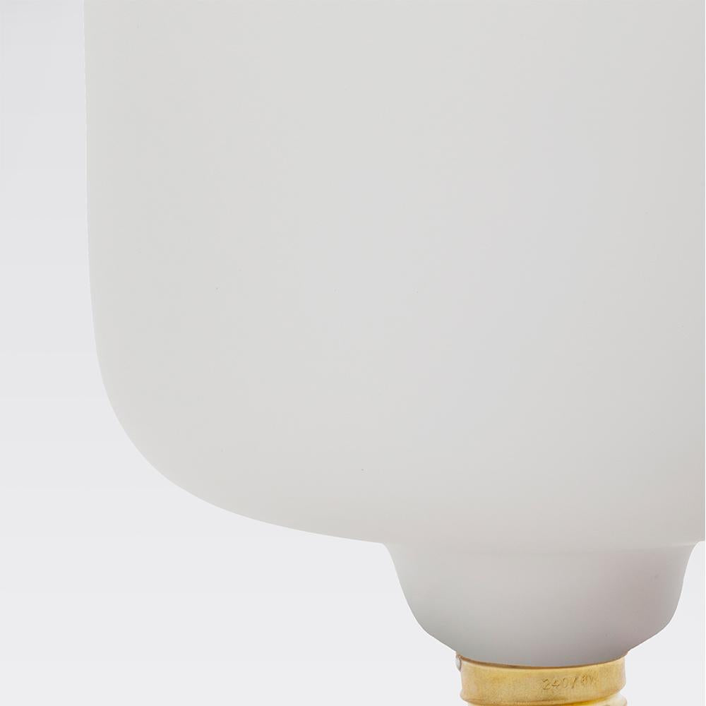 Porcelain LED Bulb: Oblo