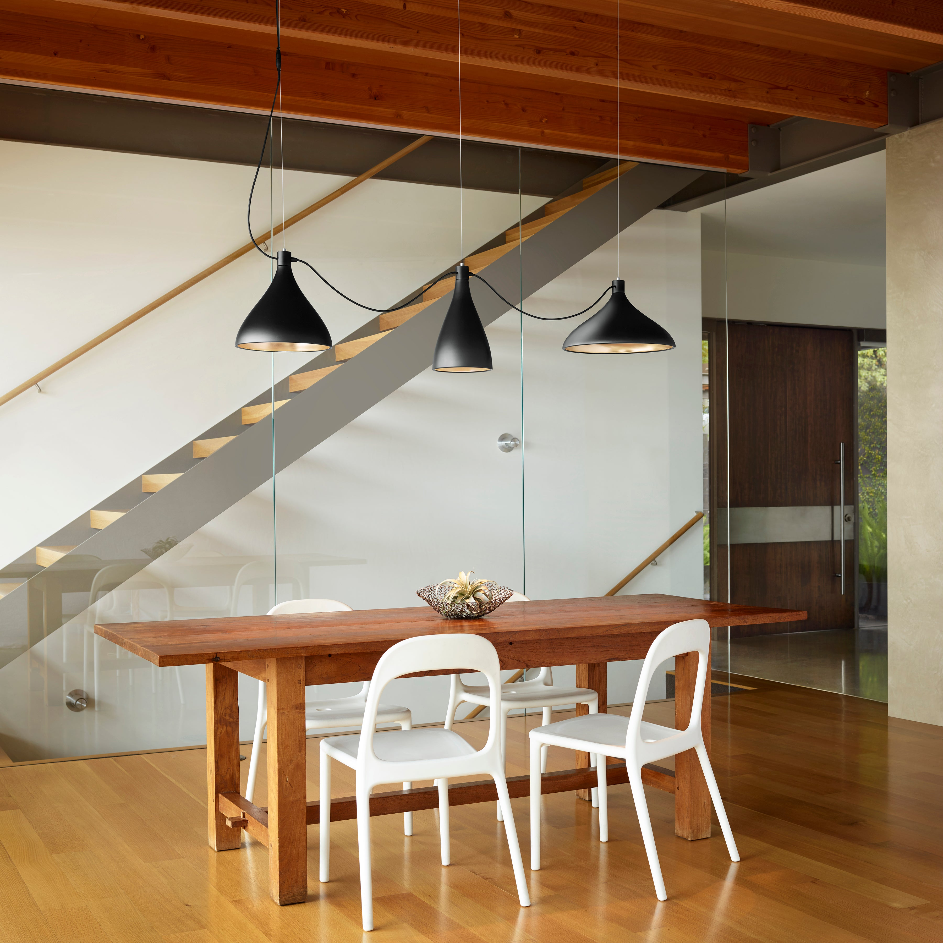 Swell String Indoor/Outdoor Pendant Light