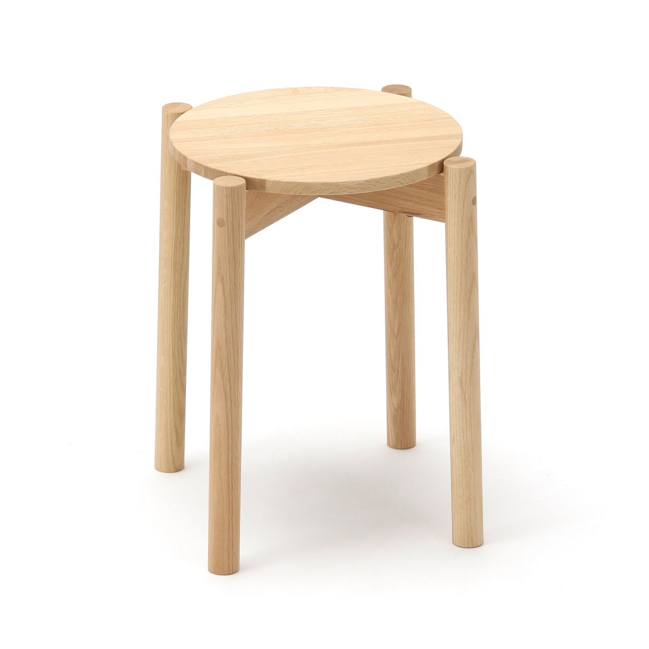 Castor Stool Plus: Natural Oak