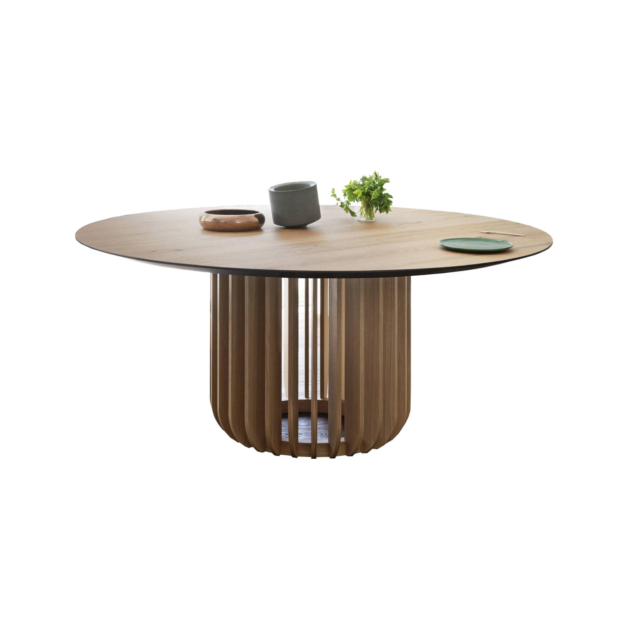 Juice Round Table: Canaletto Walnut + Canaletto Walnut