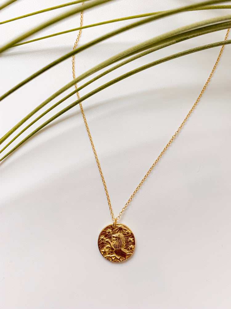 Lion Pendant Necklace in Gold