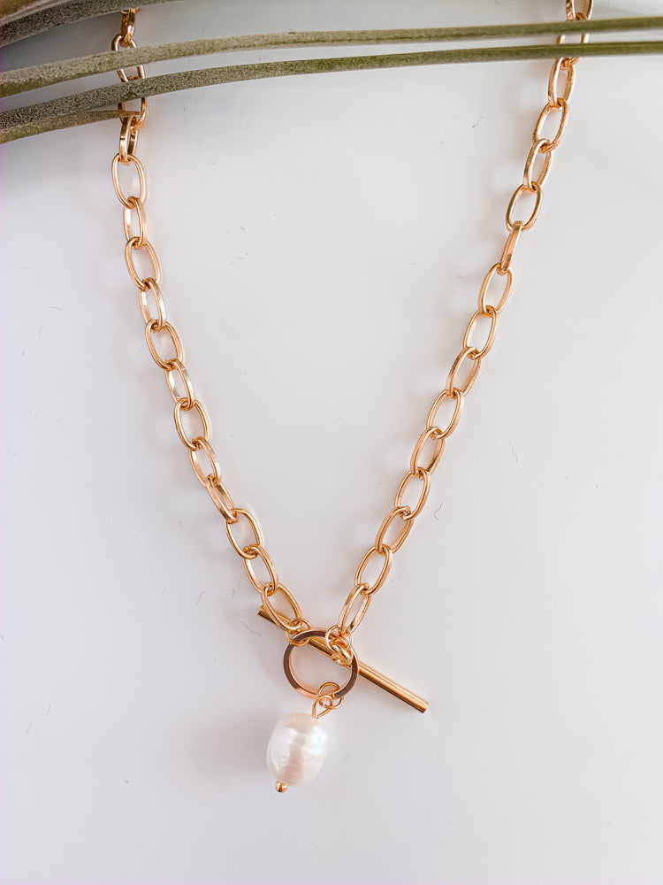 Charleston Link Pearl Necklace