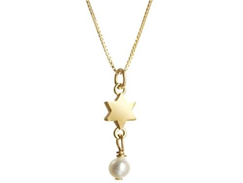 jewish star and pearl necklace