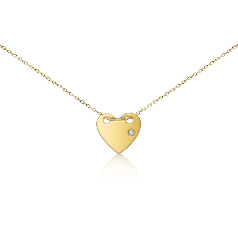 simple heart pendant in gold