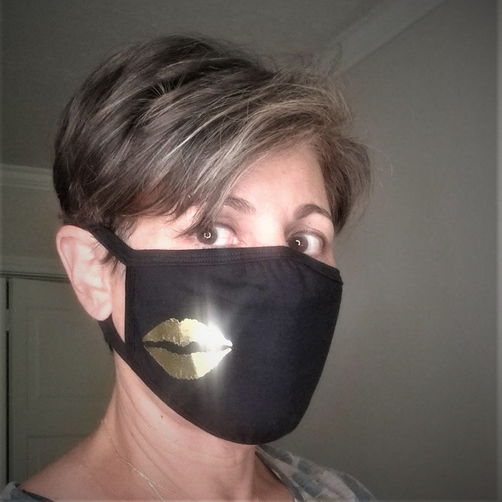 Golden Kiss Lips Face Mask in Black Cotton With Filter Insert Pocket
