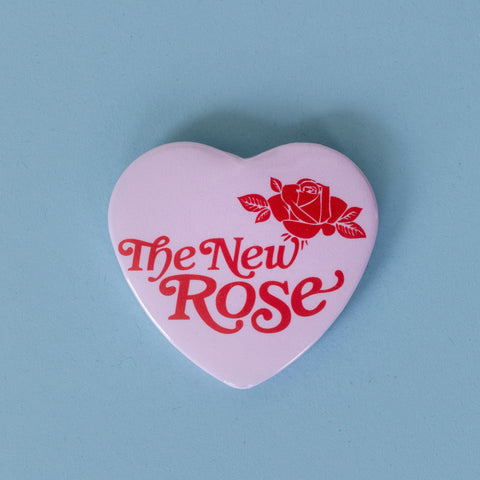 The New Rose Logo herzförmiger Button rosa