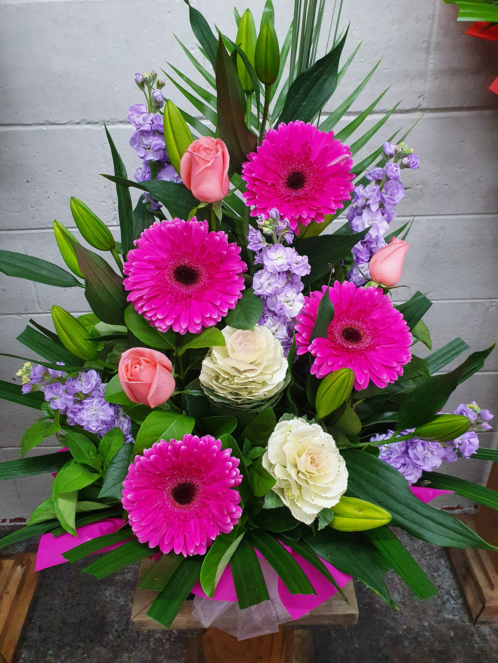 #3#  MEDIUM BOXED ARRANGEMENT
