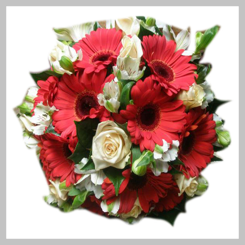 #B13#  TIGHT CLUSTER MIXED ROUND POSY
