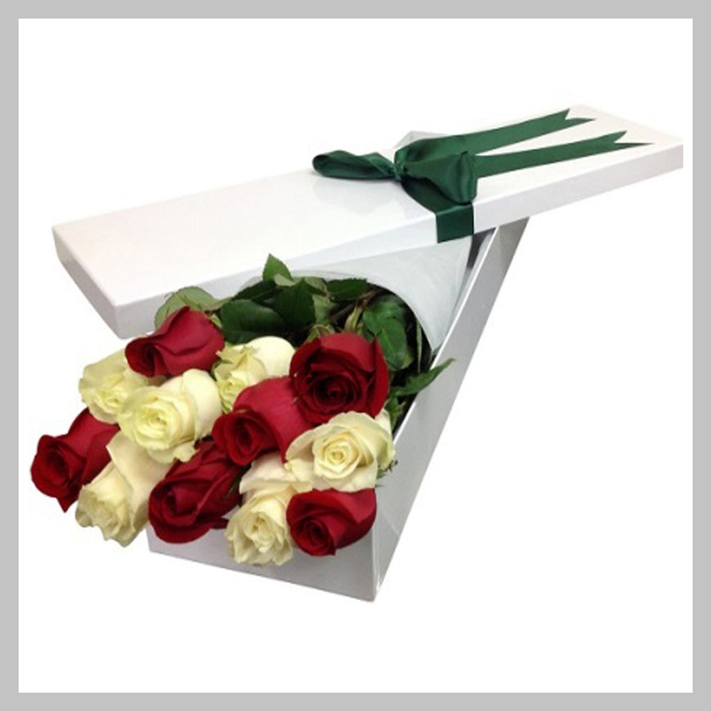 12  ROSES  IN  LONG  FLAT BOX