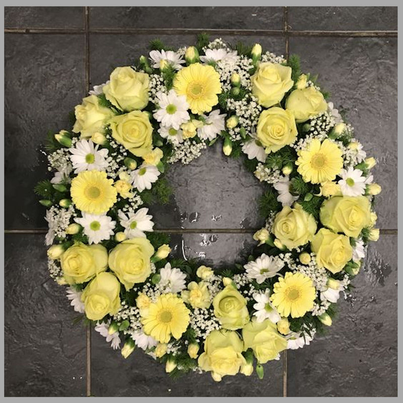 CLASSIC  YELLOW AND WHITE WREATH