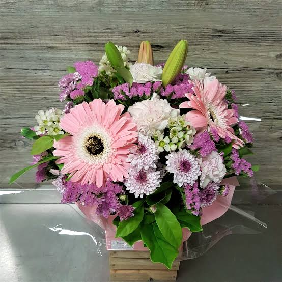 IMAGE 59 POSY BOXES FLORIST CHOICE