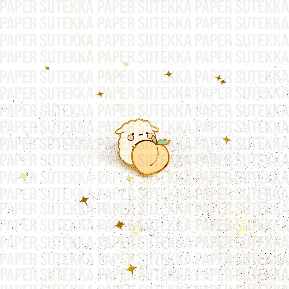 Mika Peach Enamel Pin - Paper Sutekka Kawaii Stationery Sticker Shop