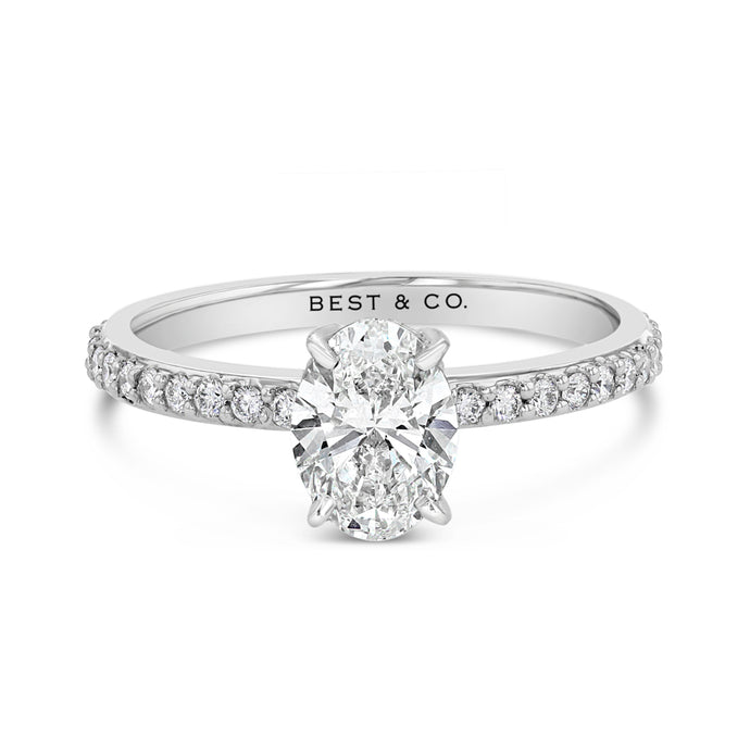 Exquisite Oval Engagement Ring