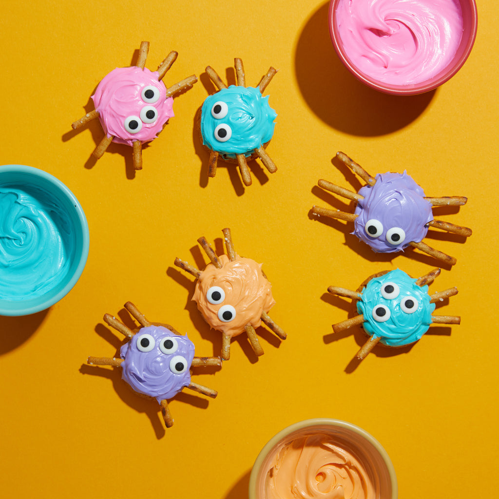 DIY Halloween spider treats and recipes with Partake allergy-friendly cookies, frosting and pretzels.
