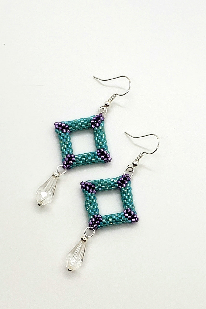 3d earrings with crystal drop
