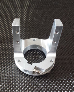 Q40 Engine Mount