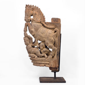 WOOD CARVING OF HORSE