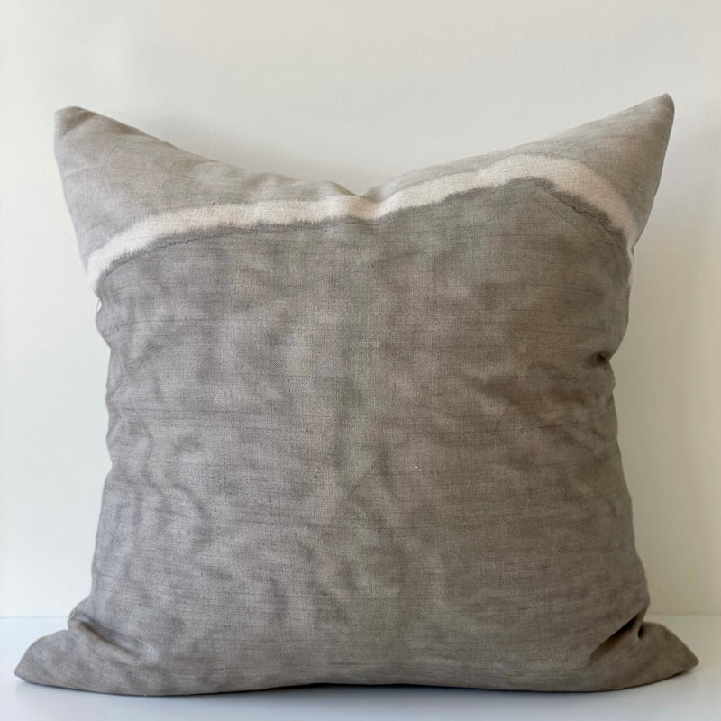 Cloud Grey Two-Toned Ridge Hemp Pillow