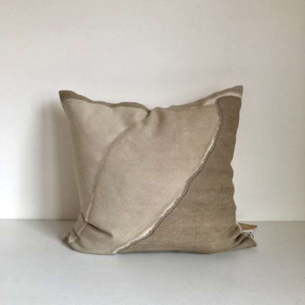 "Sand Block Ridge 22x22"" Pillow Cover"