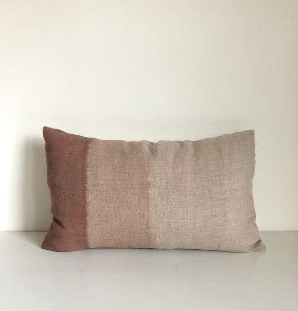 "Madder Rose Gradient 14x22"" Pillow Cover"