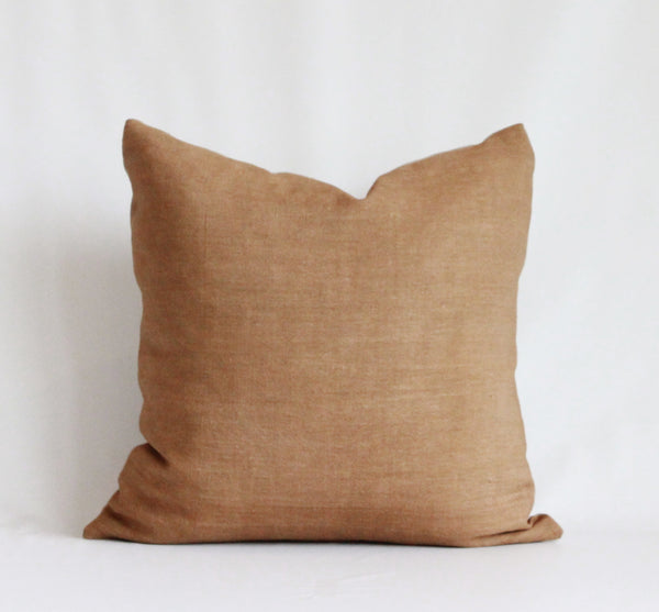Amber Solid Wash Hemp Pillow