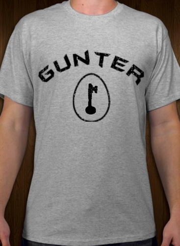 Gunter - Egg - Short Sleeve T-Shirt