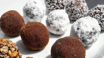 Vanilla and almond energy balls with xylitol