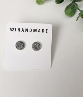 8mm Small Earrings - Light Gray/Silver
