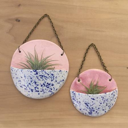 Small Pocket Ceramic Planter-Rhubarb/Blue Speckle