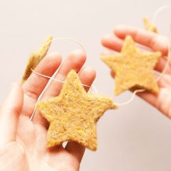 Needle Felting Star Garland Kit - Beginner Level