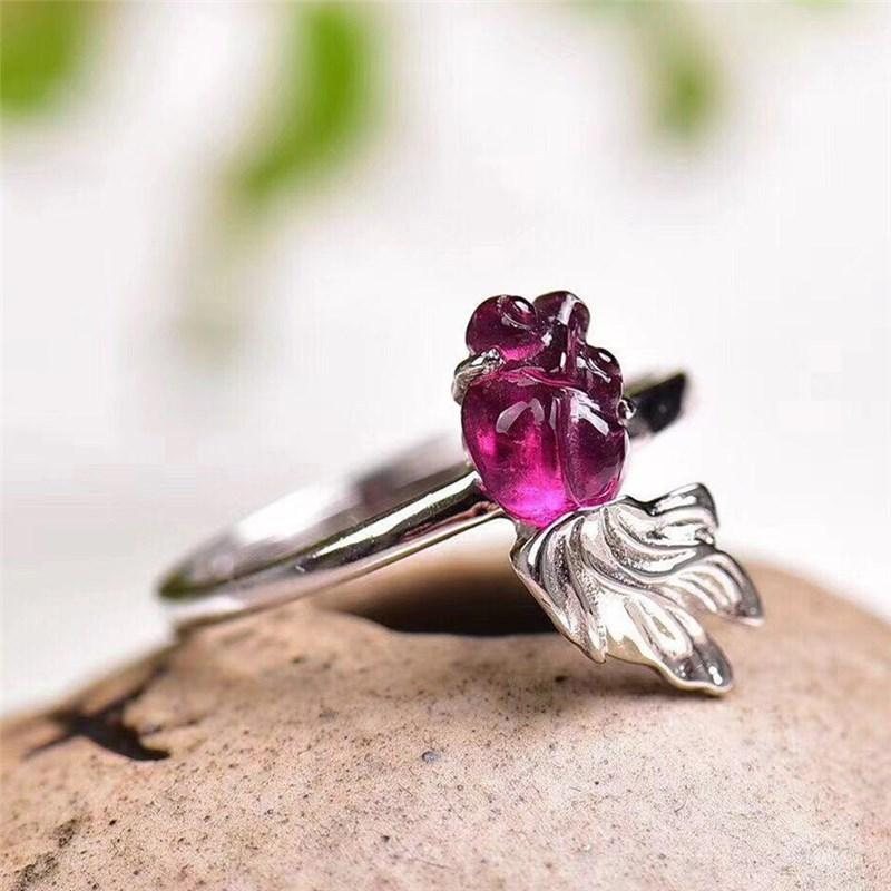 Natural garnet carved goldfish ring 925 silver inlaid live purple teeth goldfish ring - Alilight.net