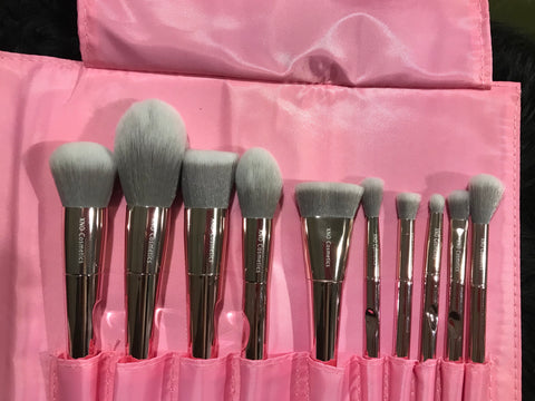 XNO Cosmetics 10pc metallic brushes