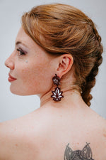 Lotus Pendant Bordeaux - Boucles d'oreilles - Azaadi, la mode responsable accessible