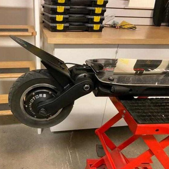 Carbon Fibre Rear Mudguard for Dualtron Spider / Eagle Carbonrevo Dualtron.uk - The Official Dualtron Electric Scooters Distributor in the UK