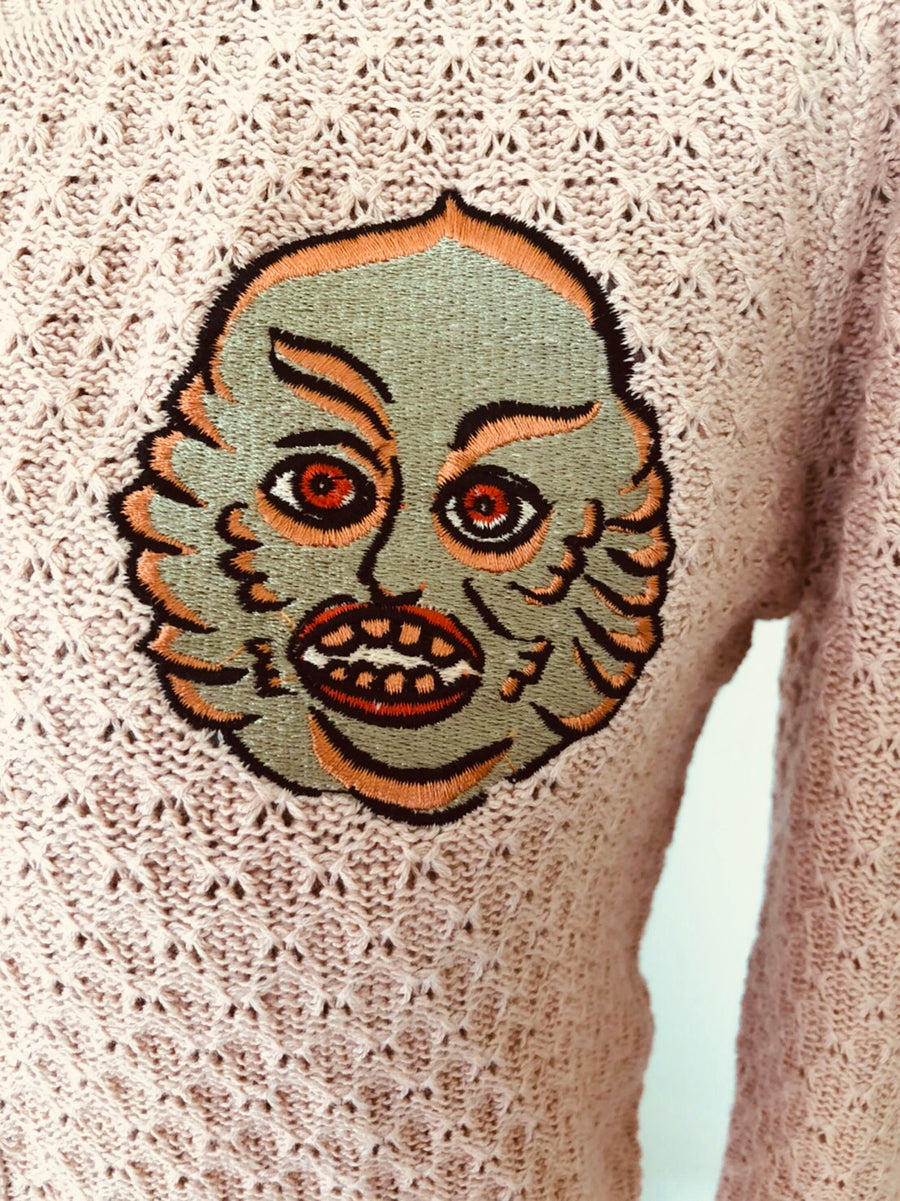 CREATURE EMBROIDERY CARDIGAN SWEATER *BLUSH