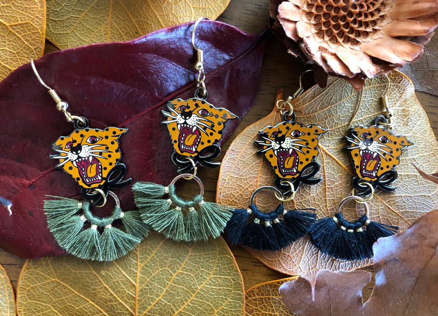 LEOPARD EARRINGS WITH TASSELS *OLIVE OR BLACK