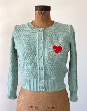 ARROW HEART CARDIGAN *LIGHT BLUE