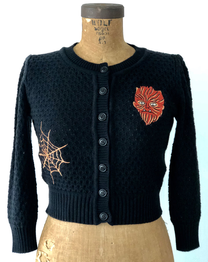 WOLF MAN EMBROIDERY CARDIGAN SWEATER *BLACK