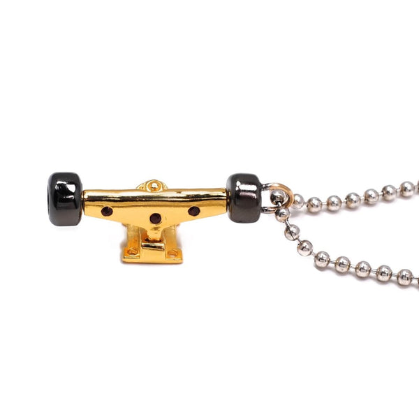 Truck Charm And Ball Chain With Garnets - Tempeste