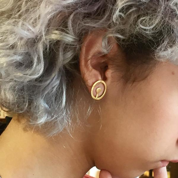 Circle Point Earrings - Tempeste