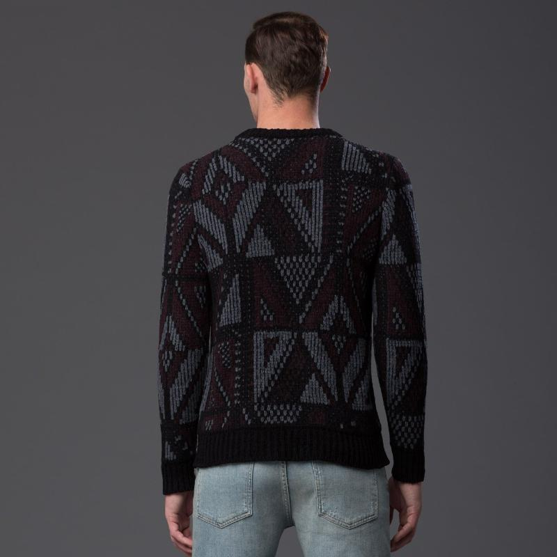 Deveaux New York Patterned Sweater