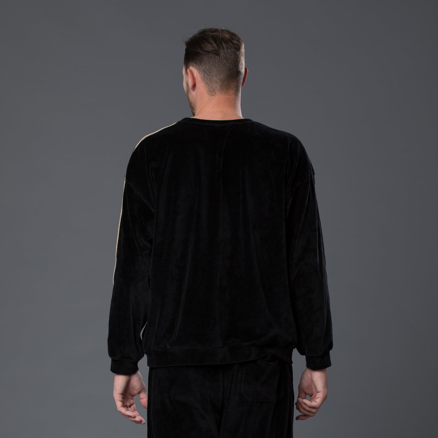 s.k. manor hill black velvet sweatshirt