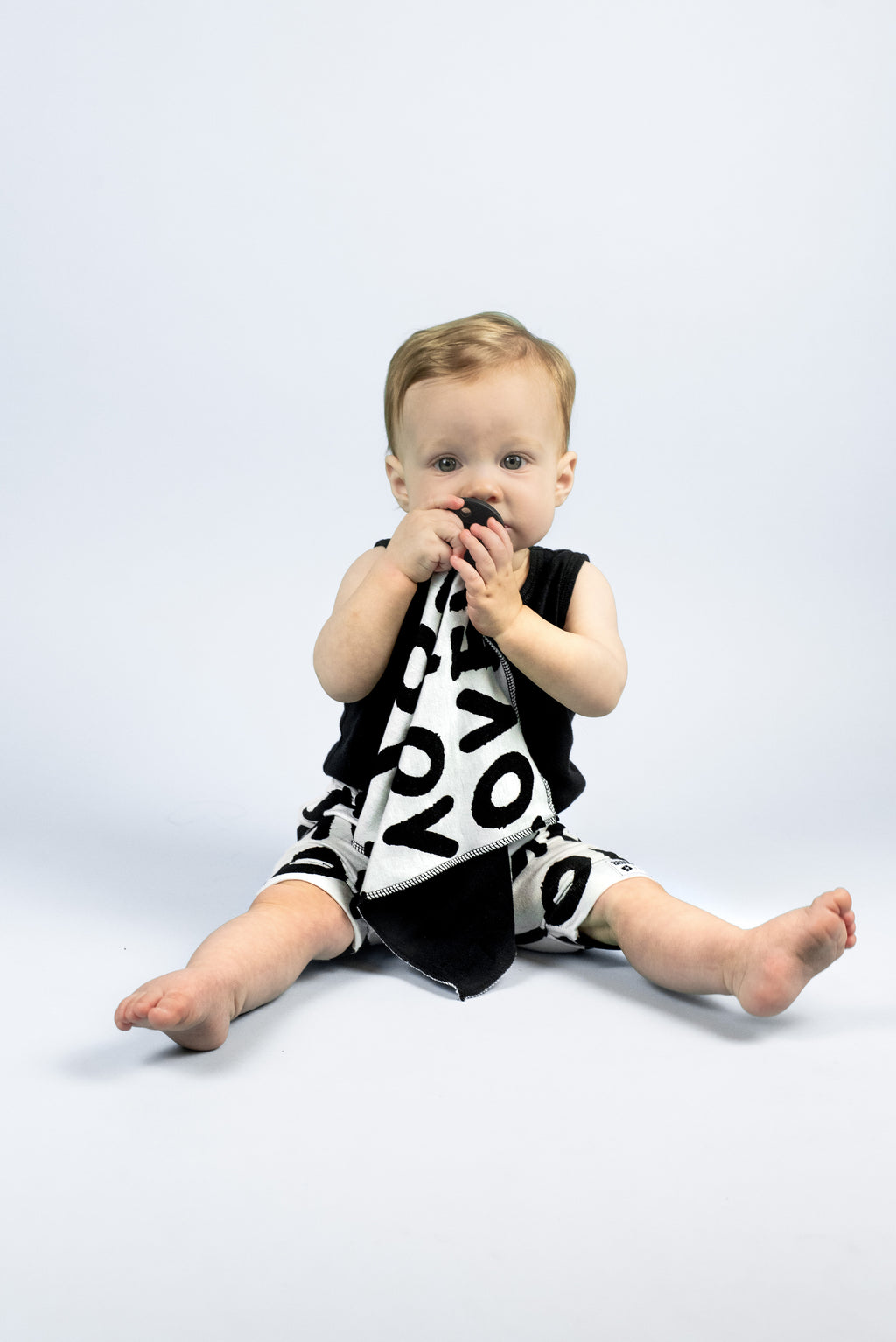 Brooklyn + Fifth Monochrome Loveys. Introducing our Monochrome Collection, a gender neutral collection of Loveys featuring bold, fun Monochrome prints. Not only are they on trend with the minimalist, modern look, but strong black and white patterns can help babies to develop their ability to focus and concentrate.