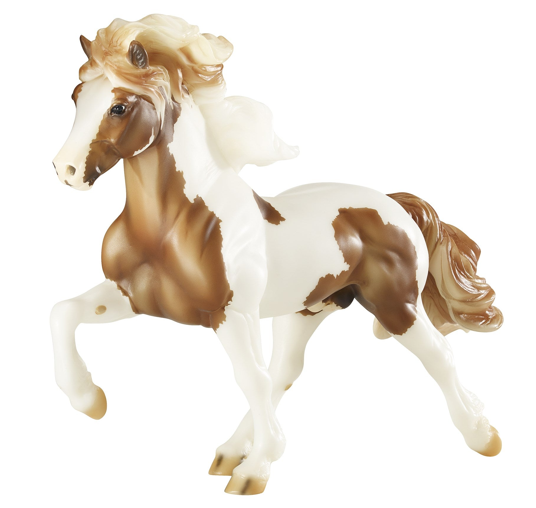 Breyer Traditional Sporour fra Bergi - Icelandic Stallion