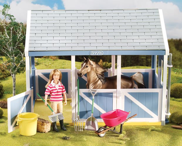 Breyer Classics  Stable Cleaning Set