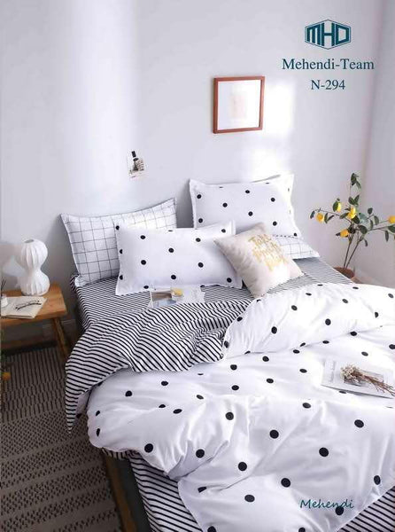 White and black dotted king size cotton bed sheet with Duvet Cover and 4 Pillow Case - Liquidation Cart