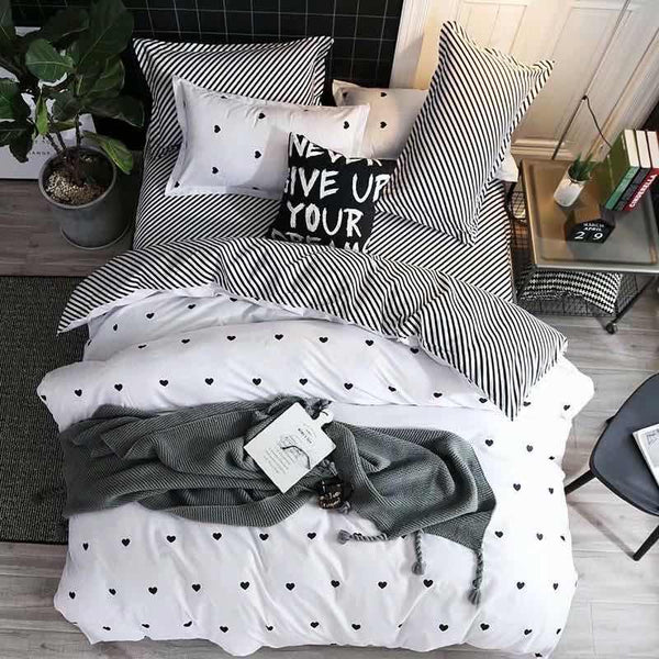 Black and white Cotton king size bed sheet with Duvet Cover and 4 Pillow Case - Liquidation Cart