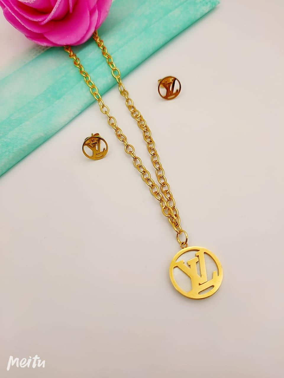 LV Logo Round pendant with tops - Liquidation Cart